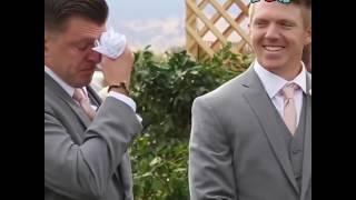 Плачущие женихи на свадьбе в прикольной озвучке
