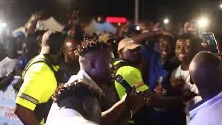 UMU OBILIGBO performing live @ Hi life fest concert.. Powered by Life Continental Lager Beer 🍻