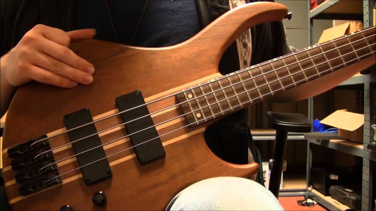 how to change bass strings