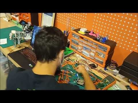 Boceto y Modelo - Brazo Robótico microbit