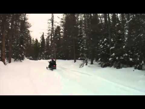 Туристический снегоход Yamaha RS Venture GT и TF, видео обзор модели