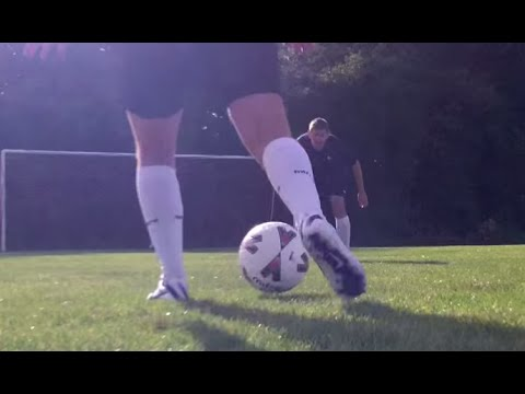 learn to improve Elastico and Reverse elastico - Warm up for football soccer skills