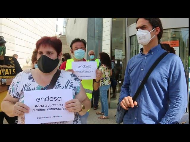 Condemnem a Endesa per portar a judici persones vulnerables com la Dolors