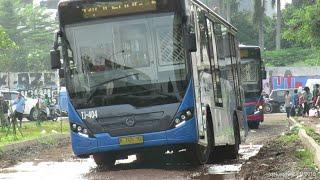 Download Video jalur offroad Bus Transjakarta! di Puri Beta Tangerang, Koridor 13 MP3 3GP MP4