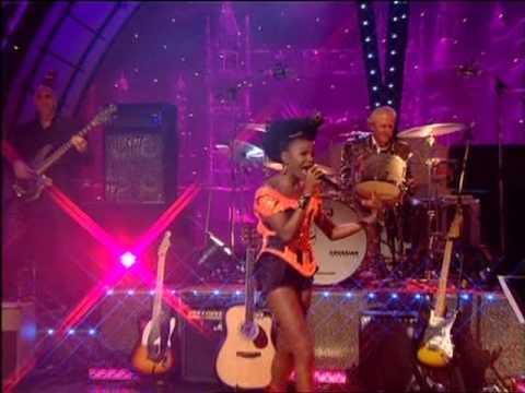 Dave Swift on Bass with Jools Holland backing Shingai Shoniwa (Noisettes)