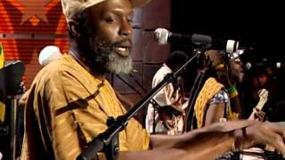Steel Pulse - No More Weapons (Live at Farm Aid 2006)