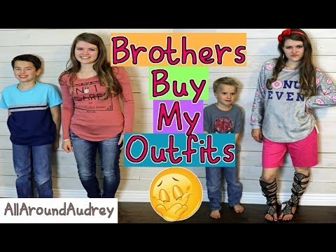 BROTHERS BUY SISTER'S OUTFITS! SHOPPING CHALLENGE 2017 / AllAroundAudrey