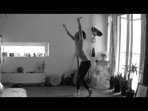 Butoh/Ken Mai/Practice 1.