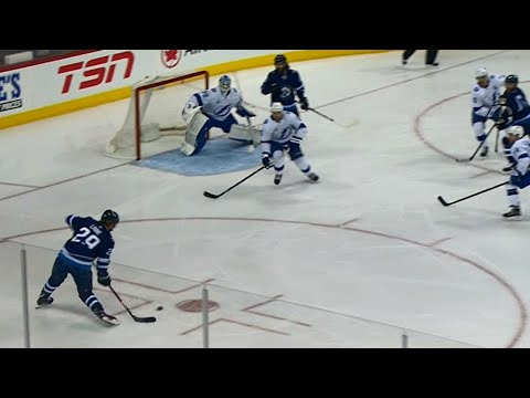 Laine picks up 23rd with one-timer past Domingue