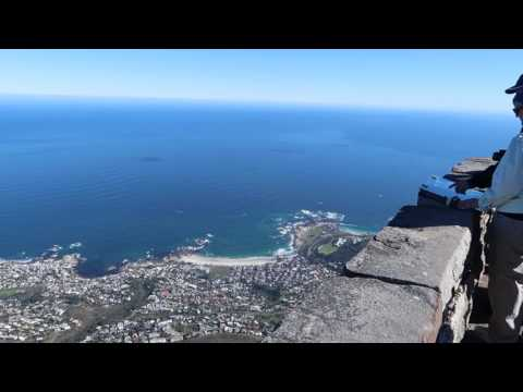 Table Mountain in Capetown, South Africa in HD!