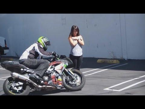 мотоциклист познакомиться девушкои