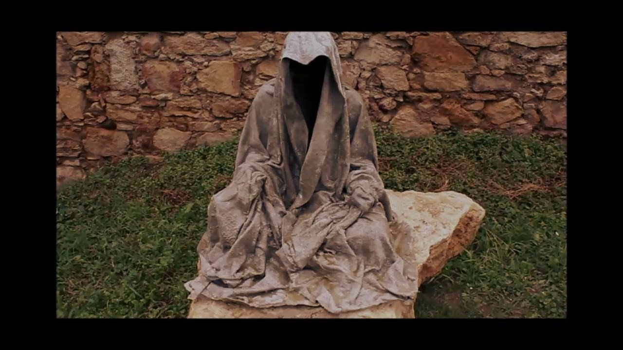Монах из бетона цемент купить москва биг бэг