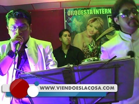 VIDEO: LA NUEVA RUMBA DE BOLIVIA - Bailando - En Vivo - WWW.VIENDOESLACOSA.COM - Cumbia 2014