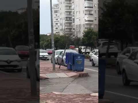 Yaya Geçitlerinde Durmayan Araçlara 488 Tl Ceza Kesiyorlar - Antalya
