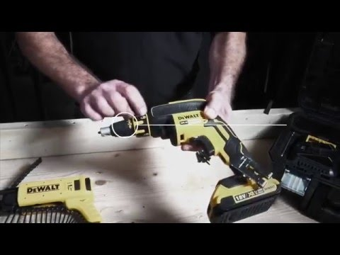 DeWalt UK XR 18v Li-ion Brushless Collated Screw Gun DCF620