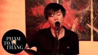 Toàn Thắng - Hoàng hôn thang 8 ( live with guitar in Xóm Coffee )