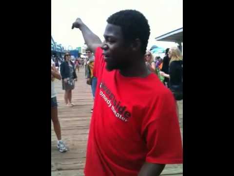 Beat boxer at the Santa Monica pier!
