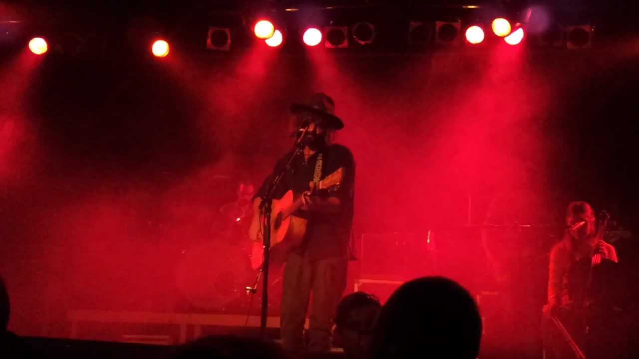 Angus Stone Live The Wolf And The Butler Backstage