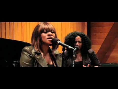 "Jessica Reedy - ""Blue God"" UNPLUGGED (VIDEO)"