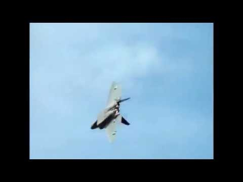 ✈✈ Air Force F-22 Raptor Cobra Maneuver