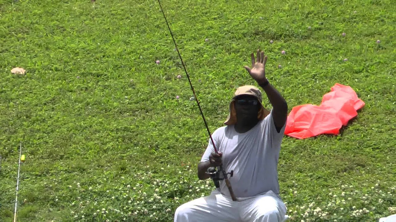 Black people fishing in the caloosahatchee river youtube for Caloosahatchee river fishing