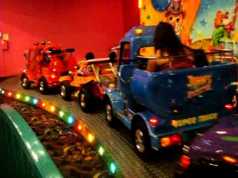 Leland on the truck ride at John's incredible pizza 10/1/11 - YouTube