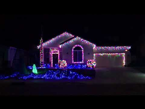 Johnson's Christmas Lights 2017 Intro (Christmas Vacation) (LOR)