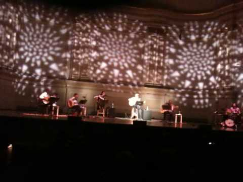 """Silvio Rodriguez En VIVO desde el carnegie Hall N.Y.C.  """"El Necio"""""""