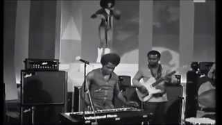 james brown and the original jb s with bootsy collins italian tv show 1971