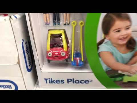 Playtime At Toys R Us And Little Tikes Fairy Cozy Coupe Ride On Unboxing