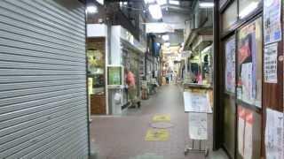 六角橋ふれあい通り を歩く(ネコは最後)