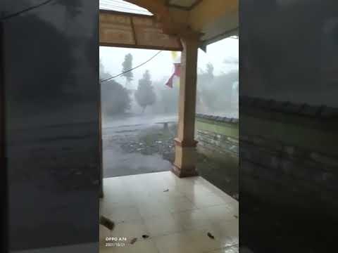 Sebanyak 70 Rumah Rusak Ringan Akibat Diterjang Angin Kencang di Kabupaten Semarang