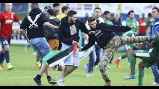 الجماهير الفلسطينية والجزائرية يضربون لاعبي منتخب اسرائيل