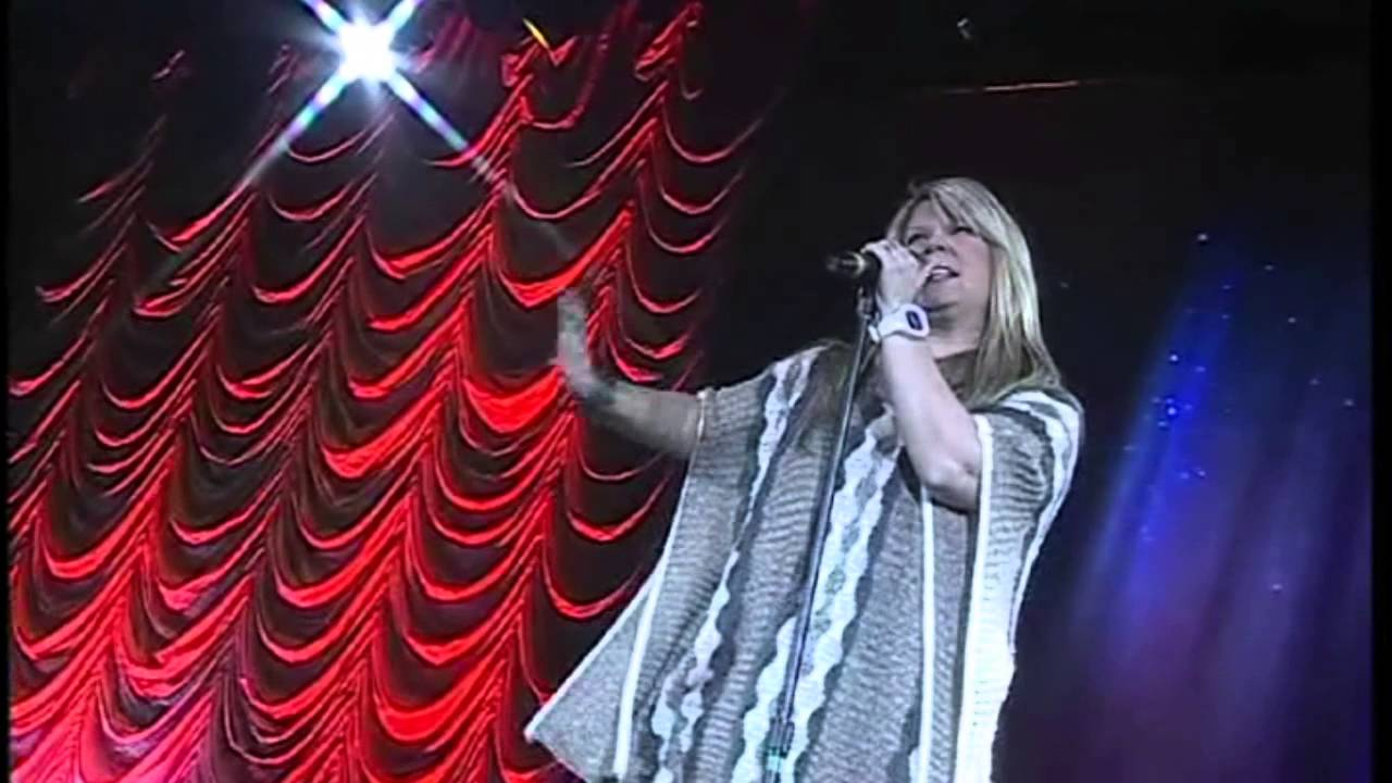 Natalie Grant Christmas Concert - 'O Holy Night' - YouTube