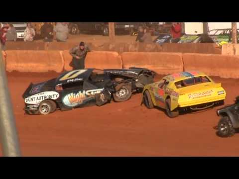 Bomber Main @ Cherokee Speedway March 4th 2017