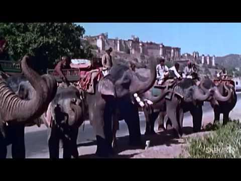 Chhodo Kal Ki Baatein: By Mukesh - Hum Hindustani (1961) - Hindi [Republic Day Special] With Lyrics