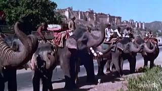 Chhodo Kal Ki Baatein: By Mukesh - Hum Hindustani (1961) - Hindi [Republic Day Special] With Lyrics