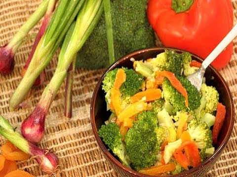 Roasted Bell Peppers And Broccoli Salad