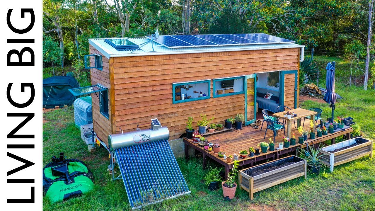 Amazing Off The Grid Tiny House Has Absolutely Everything Revisited You