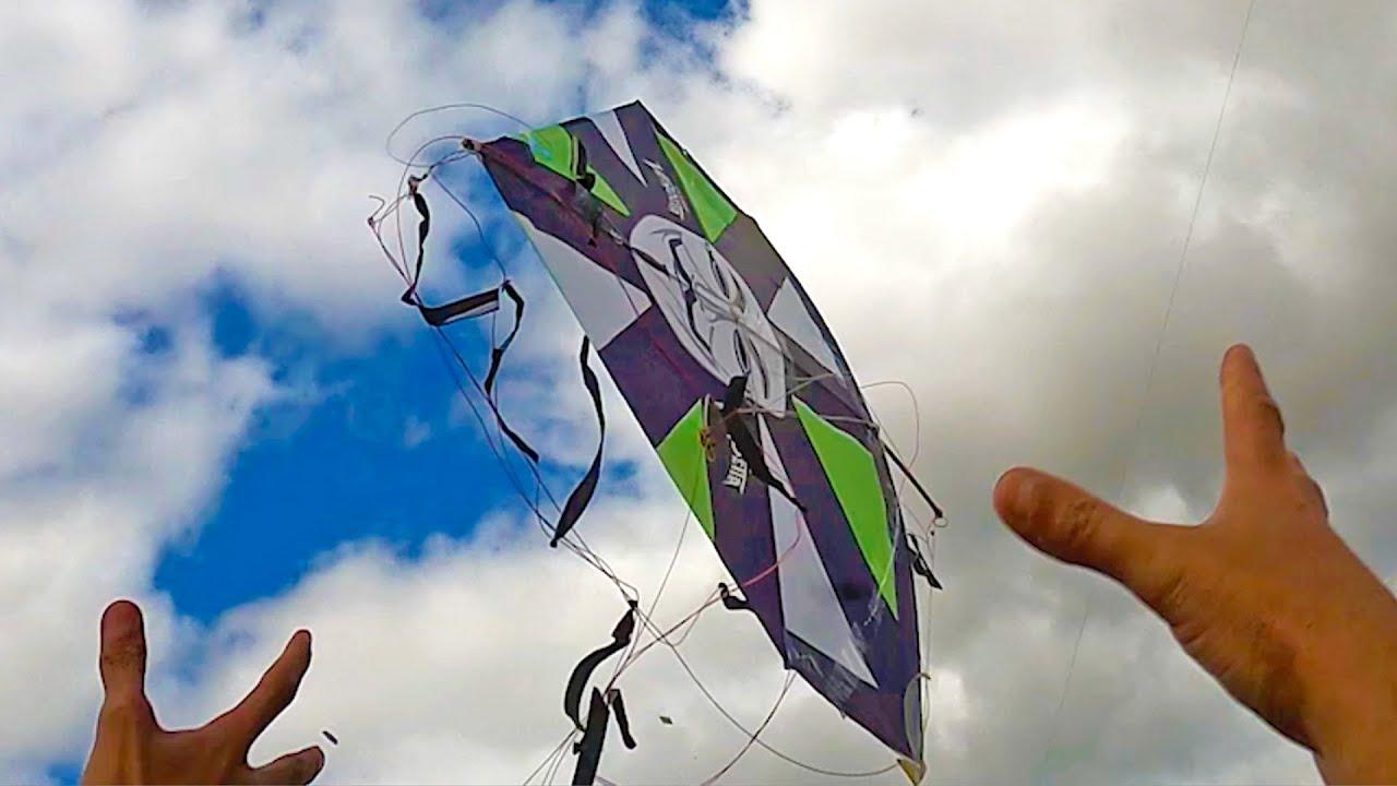 Download Pulando para Pegar Pipa Voada com o Menor do Relo e Rafinha na Xepa do Festival