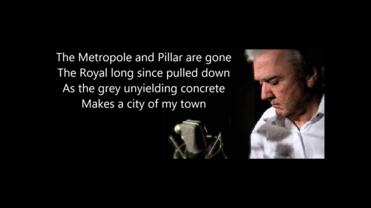 Songtext von The Dubliners - The Rare Auld Times Lyrics