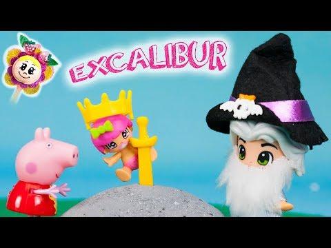 PEPPA PIG ET L´HISTOIRE D´AVANT ALLER DORMIR: la bébé PINYPON prends l´épée magique ! La petite fée