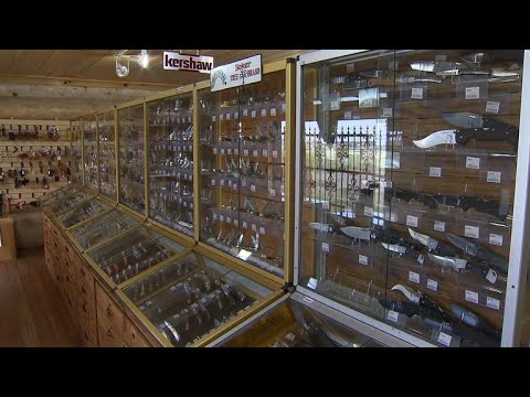 New law to allow open carry of swords, machetes in Texas