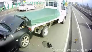 2018 1月(第4+5周) JANUARY 台灣車禍實錄 天雨路滑 行車請小心 车祸 交通事故動画 TAIWAN Cars Accidents Dashcam