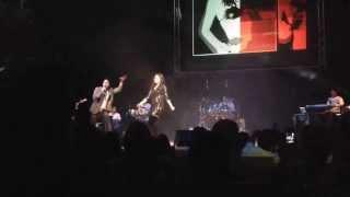 Sunidhi Chauhan ft Rakesh- dilli wali girlfriend