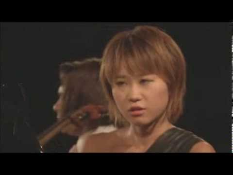 Watch Yuja Wang deliver an almighty death stare to her page turner