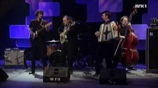 Pål Jackman with Bjørn Sundquist - Tres cojones (live, 2008)