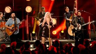 Kesha: Spaceship/Hunt You Down/Timber [Medley] (CMT Crossroads) Feat. Old Crow Medicine Show