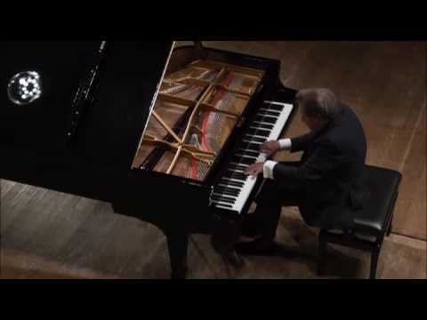 RUDOLF BUCHBINDER plays BEETHOVEN Piano Sonata No 8 C Minor Opus 13, Patetique