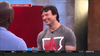 Arm Wrestler Devon Larratt takes on Marcellus Wiley